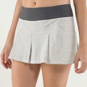 Lululemon Fast Cat Skirt Sz 4